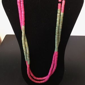 Super Long necklace. Add this to your bundle!